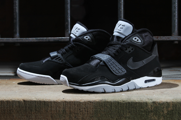 Nike Air Trainer SC II Anthracite Black. Posted on November 16 91ccfbc7a40d